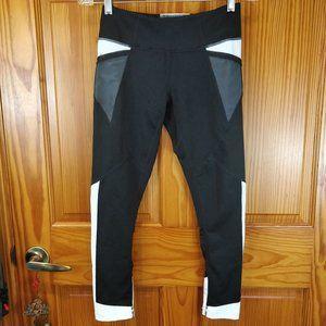 Zella Black & White Ankle Length Leggings SM